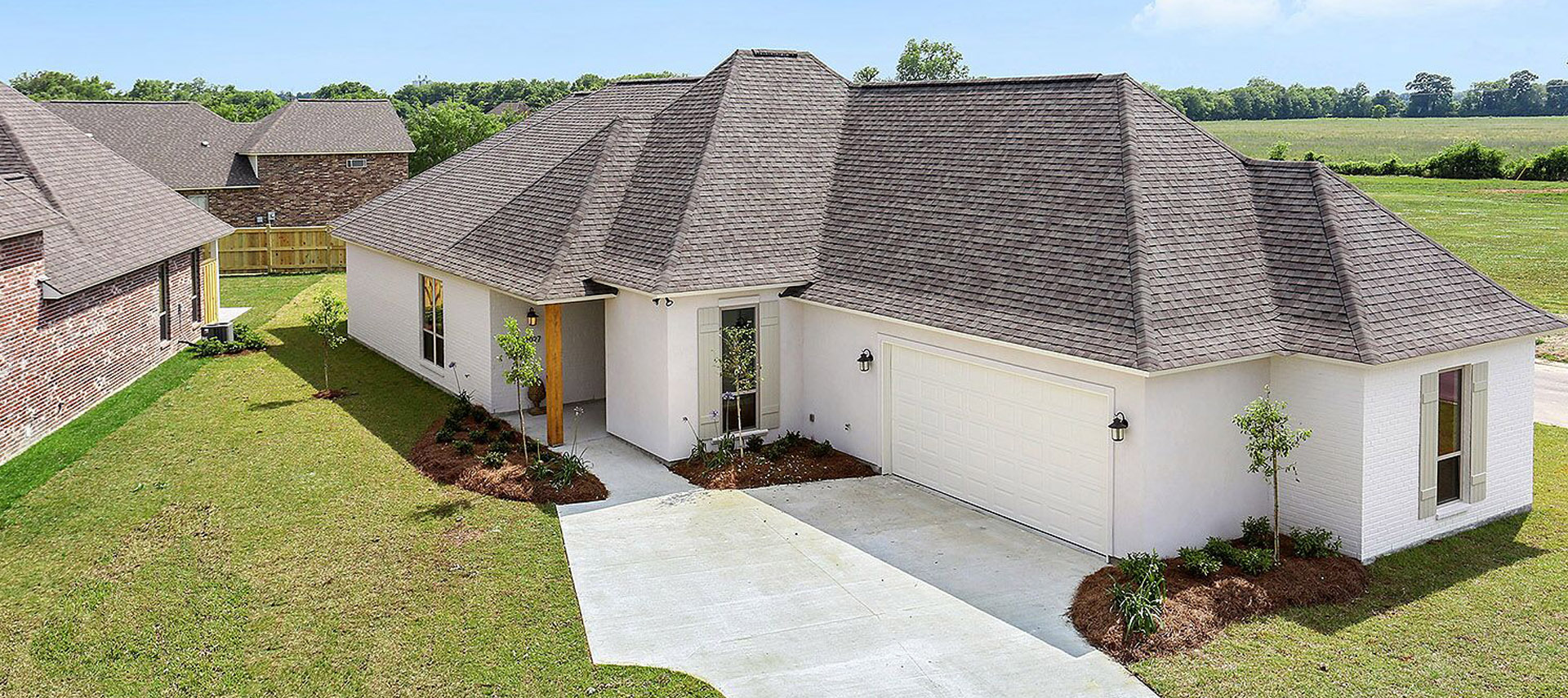 Acadian Residential Contractors | Pelican Point Home Builder on